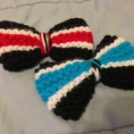 knitted bows with stripes